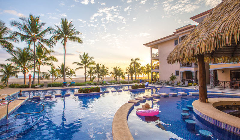 Beachfront Fully Furnished Condominium In a Prime Estate of Jaco Beach, Costa Rica!