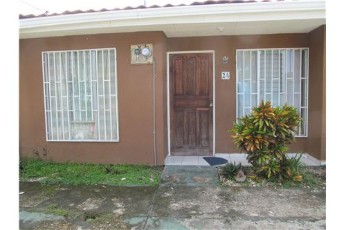 Jaco Sol Picsina condo for sale is in downtown Jaco Beach, Costa Rica!