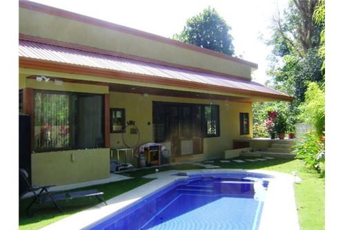 Financing available for this impressive property in Jaco, Costa Rica!