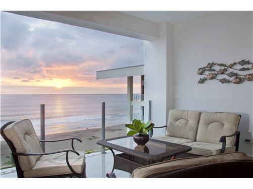 Ocean Front Condominium Diamante del Sol in the Heart of Jaco Beach, Costa Rica!