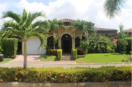 Fully Furnished Beach Home in Bejuco Beach, a Popular Region of the Central Pacific Coast of Costa Rica!
