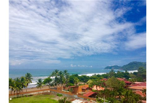 Ocean View Unit in Vista Mar Condominium, in the Heart of Jaco Beach, CostaRica!