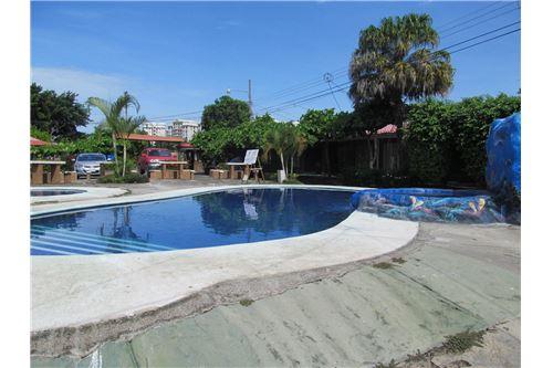 jaco sol picsina piscina