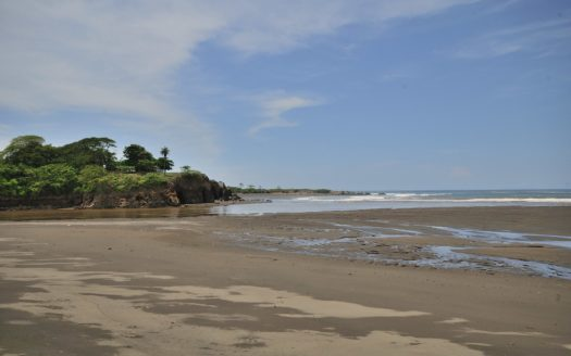 Pristine Oceanfront Lot in the Central Pacific Town of Tivives, Costa Rica!
