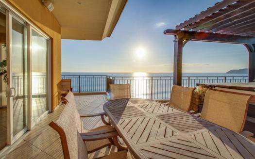Vista Las Palmas 11C Condo with a Huge Deck and Jacuzzi