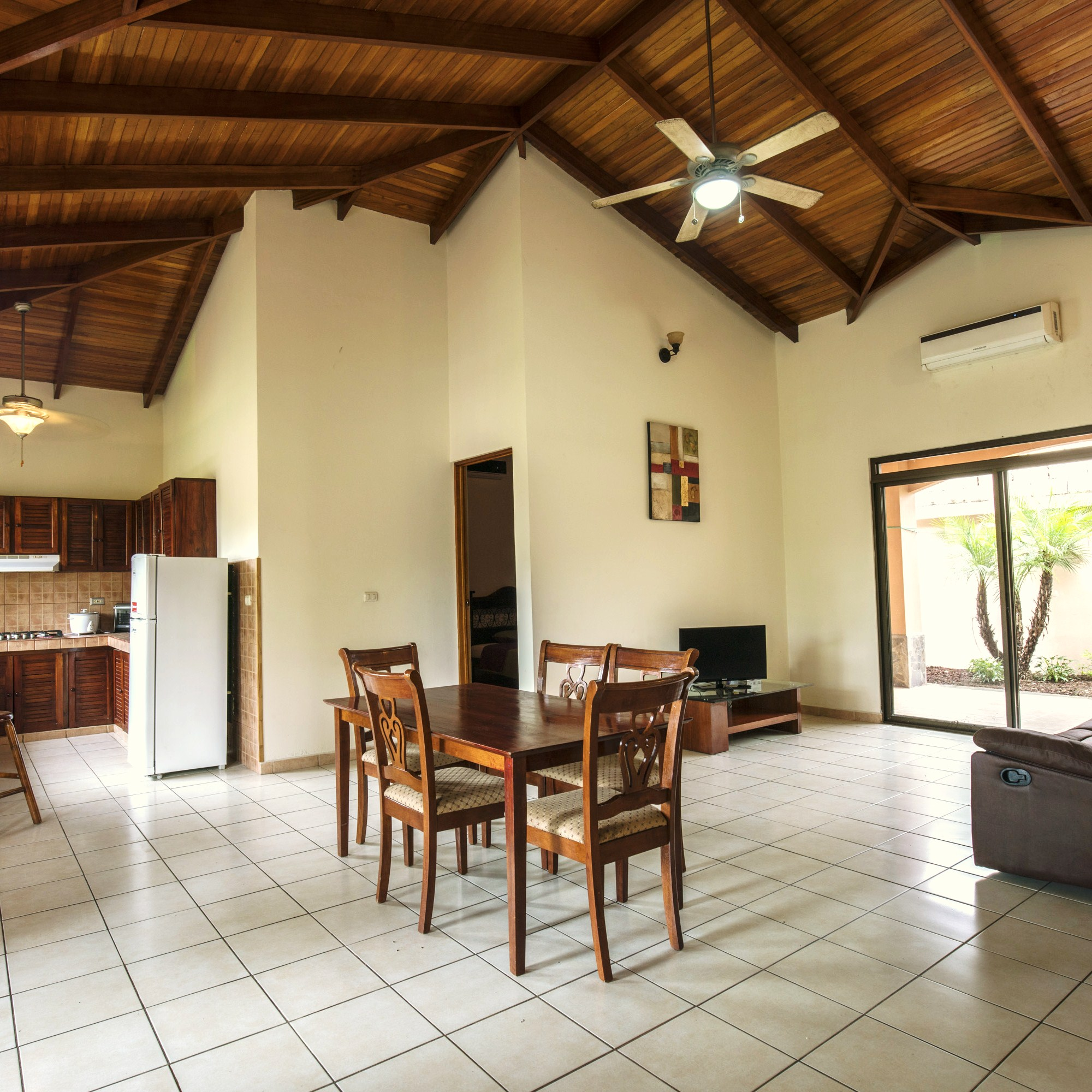 Colonial style home for sale in jaco beach costa rica for Colonial style houses for sale