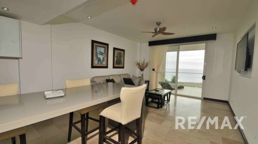 Upgraded Condo for Sale in Breakwater Point, Jaco Costa Rica!