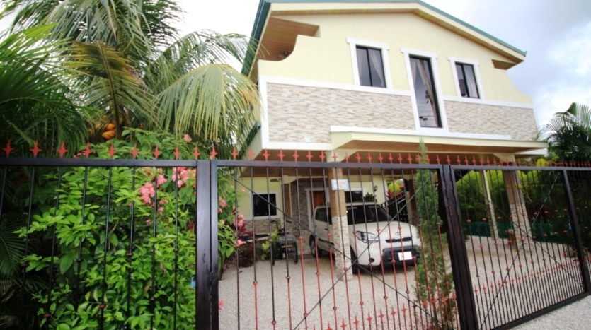 Jaco Home with Income Apartments for Sale in Jaco, Costa Rica!