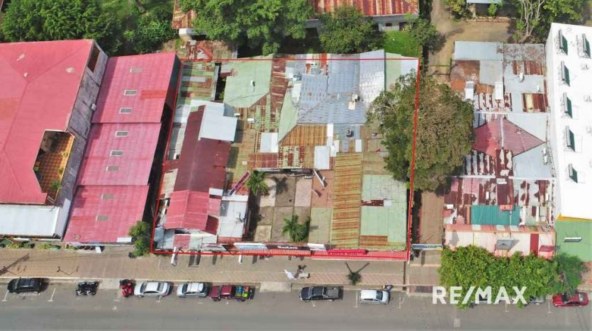 REMAX Jaco Commercial Center Urena Drone