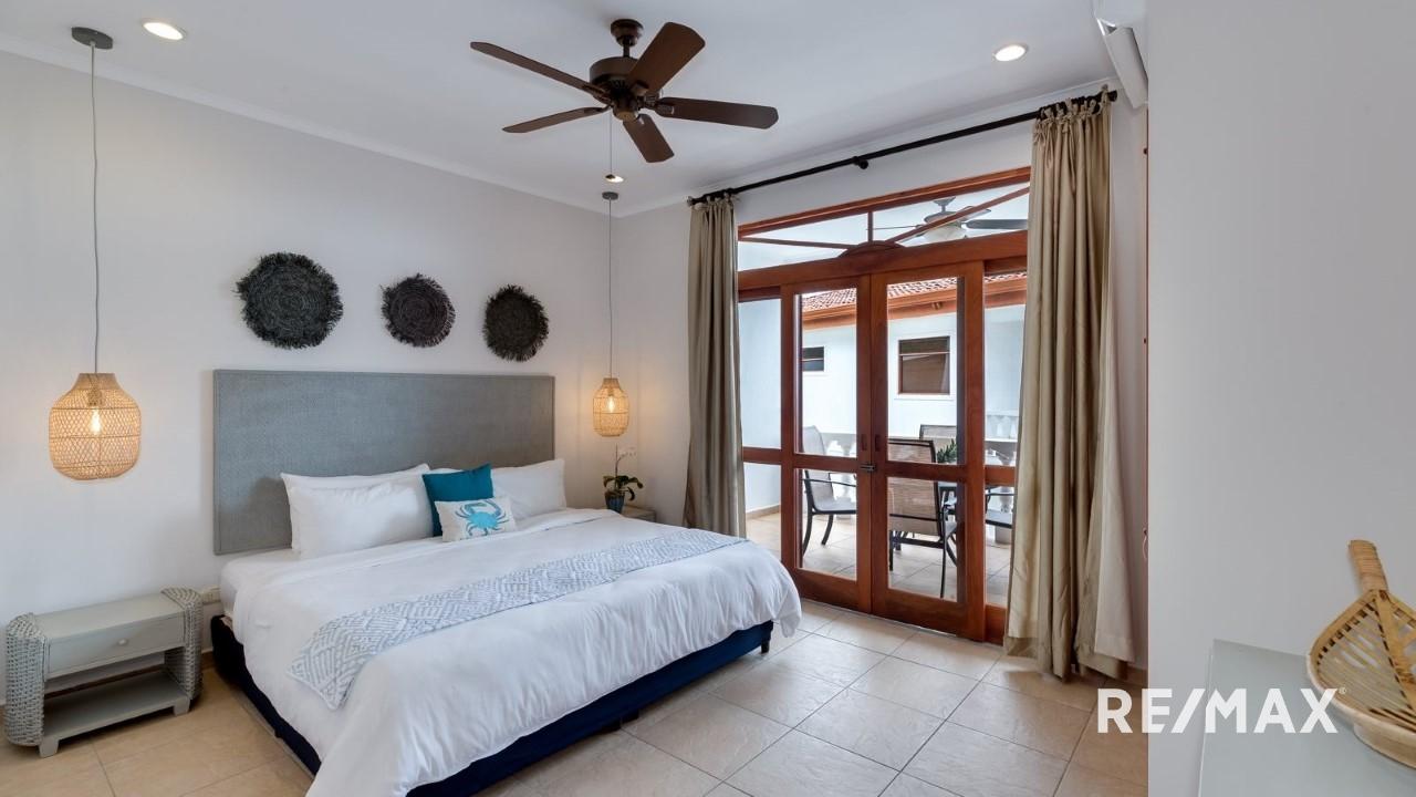 La Paloma Blanca Jaco Beach Master Bedroom | REMAX Jaco ...