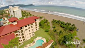 Tres Regalos, Jaco Beach Condos for Sale