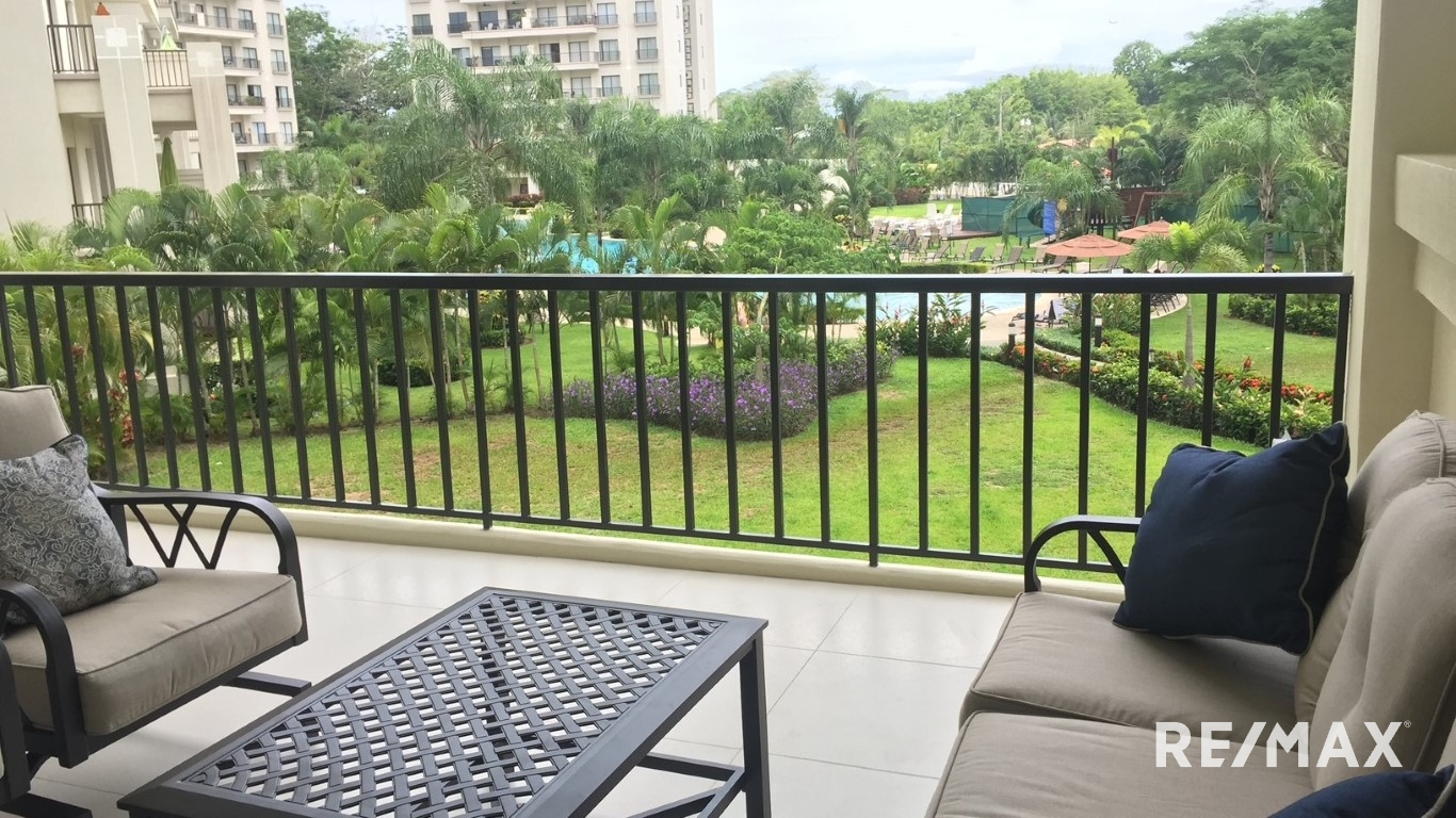 Remax real estate, Costa Rica, Jaco, Large 3 bedroom condo | downtown